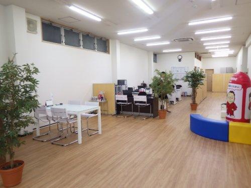 ウスイホーム株式会社 衣笠店の写真