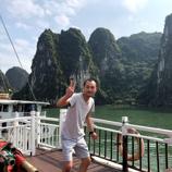 趣味の旅行にて(ベトナム:ハロン湾)